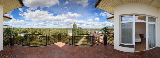 Multirow panorama of apatment's balcony in Kyiv, Ukraine. Многорядная панорама балкона квартиры в Киеве