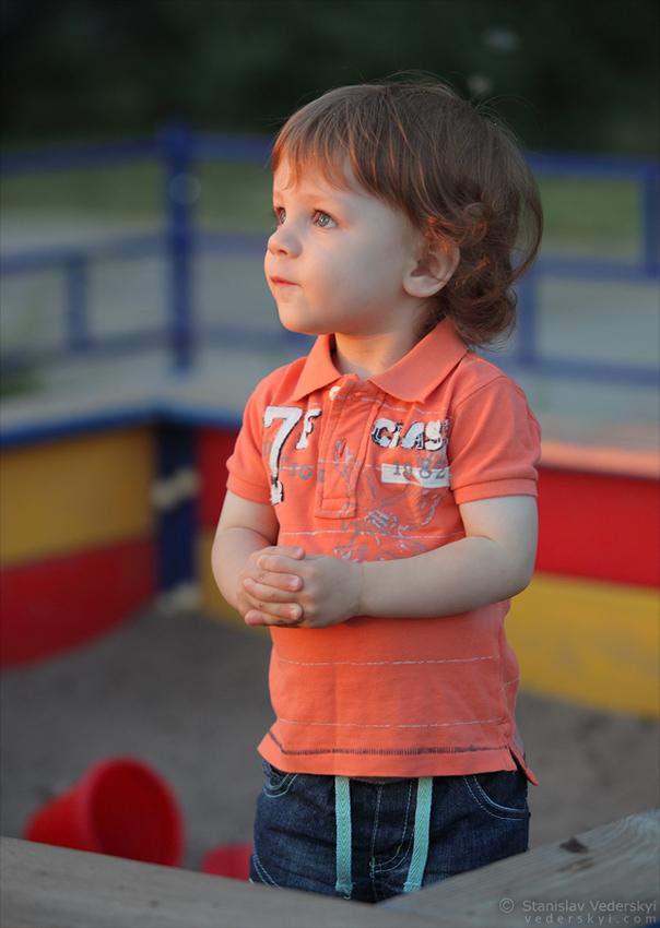 Child's photosession in Kyiv, Ukraine. Photographer Stanislav Vederskyi Детская фотосессия в Киеве. Фотограф Станислав Ведерский