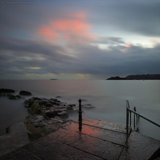 Sunset at Plymouth coast, England. Плимус, Англия