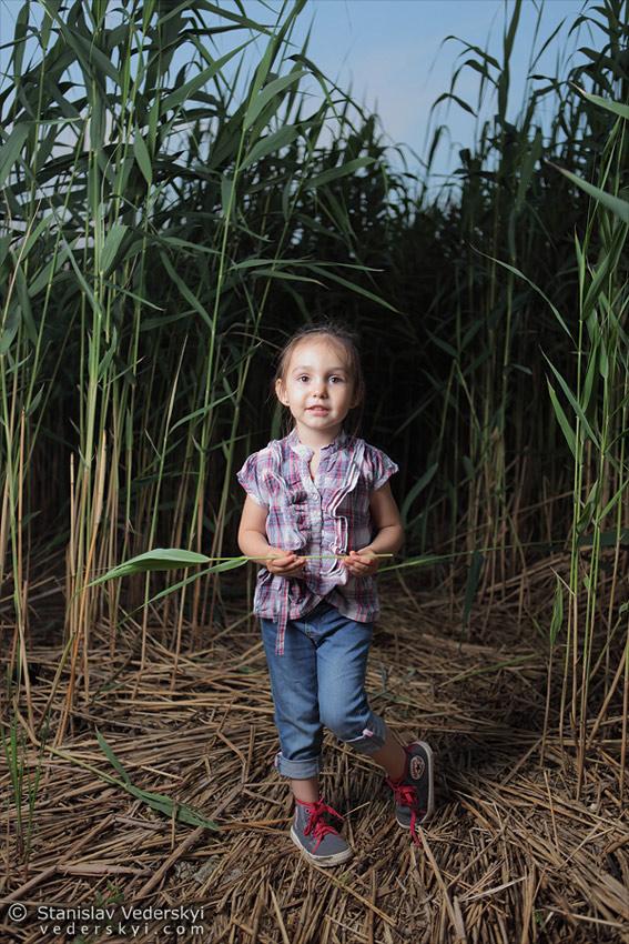 Open air Child's photosession in Kyiv, Ukraine. Photographer Stanislav Vederskyi Детская фотосессия на свежем воздухе в Киеве. Фотограф Станислав Ведерский
