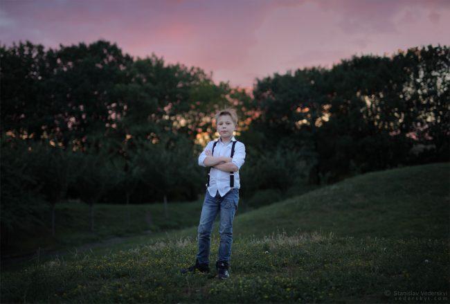 Open air Child's photosession in Kyiv, Ukraine. Sunset in the park   Детская фотосессия на свежем воздухе в Киеве. Закат в парке