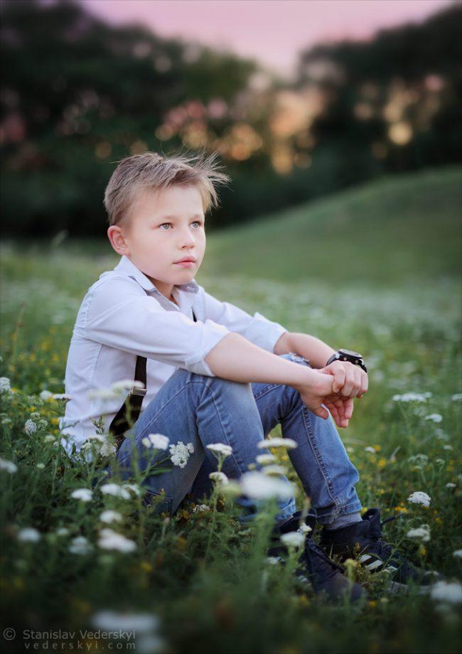 Детский фотограф в Киеве фотосессия для мальчика в парке | Child's photographer in Kiev photo session for boy in the park